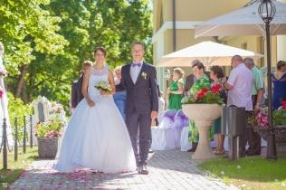12wedding_photography_skrundas_muiza_manor_haralds_filipovs