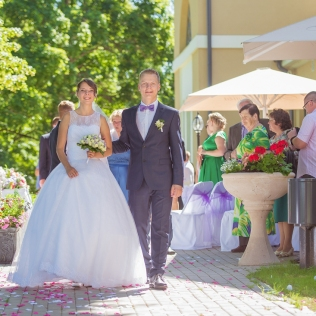 12wedding_photography_skrundas_muiza_manor_haralds_filipovs