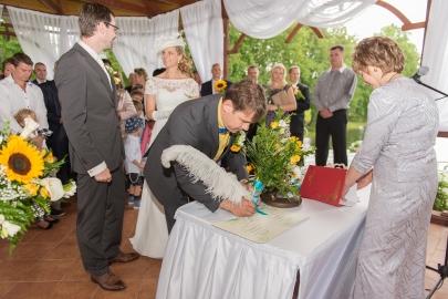 09Haralds_Filipovs_kaazu_fotografs_2015_latvian_wedding_photographer